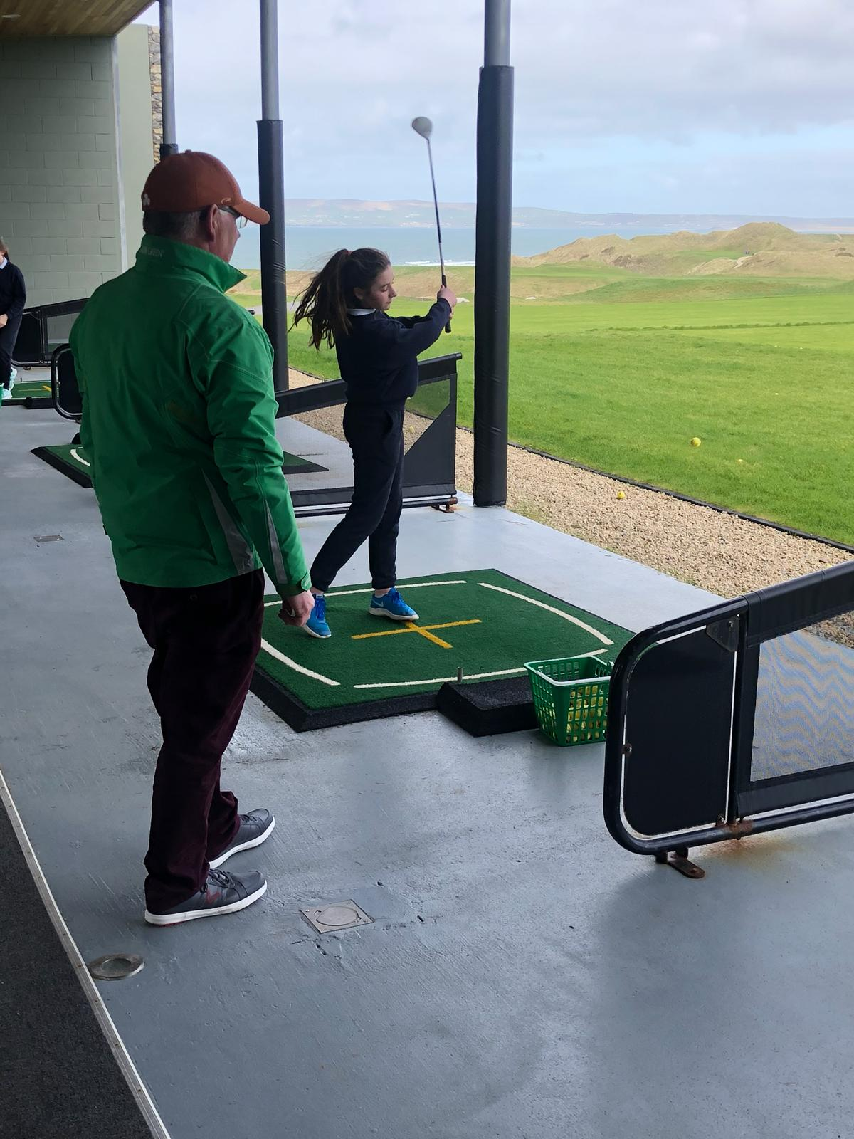 Golfing in Barrow.🏌️♀️