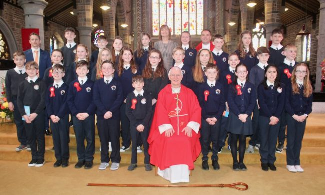 Congratulations to Sixth Class on their Confirmation.